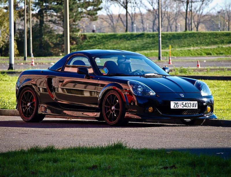Toyota MR2, MK3, roadster, japoński sportowy samochód, wygląd, zdjęcia, czarna, emerka
