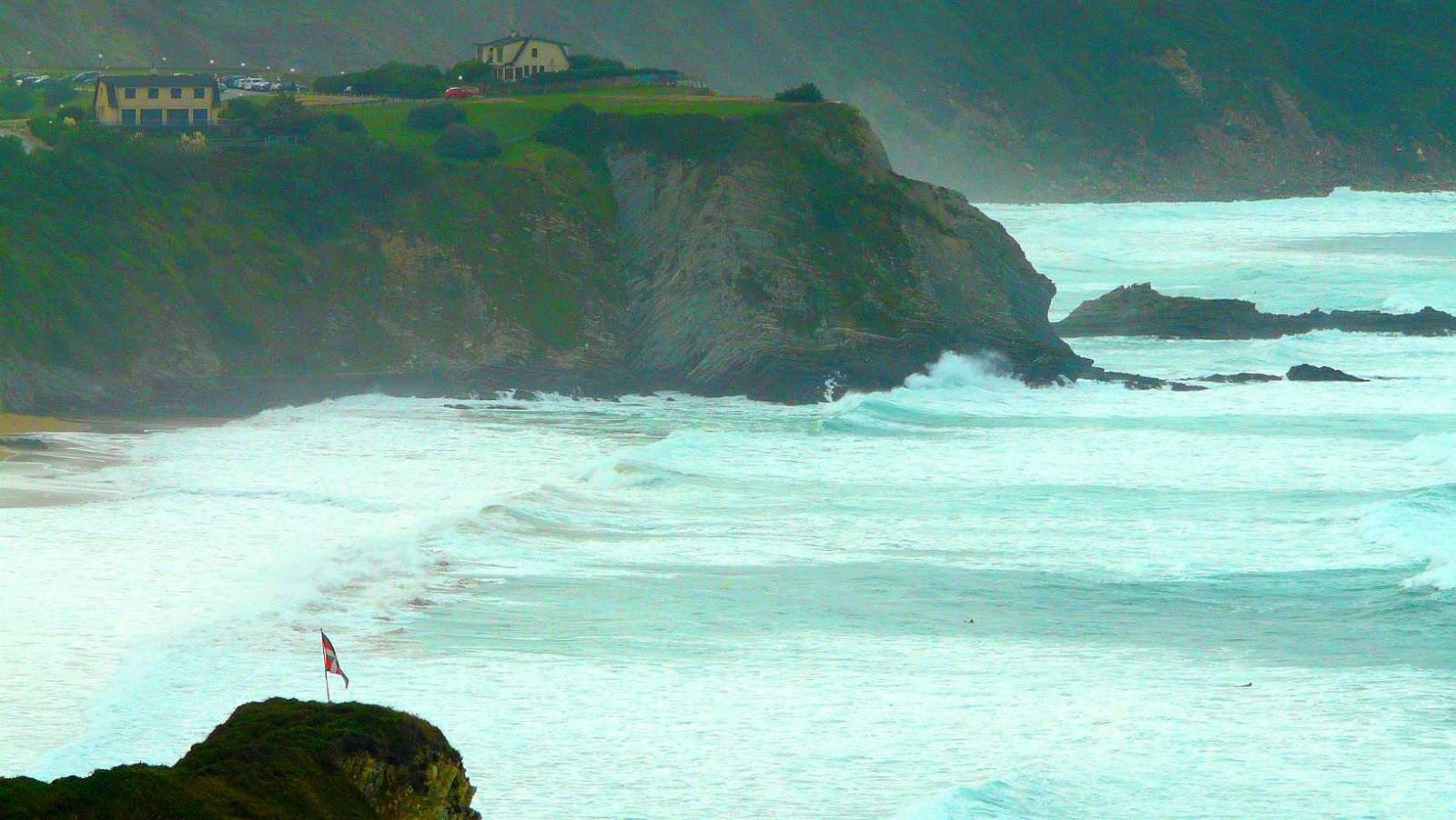 sesion otono menakoz septiembre 2015 surf olas grandes 30