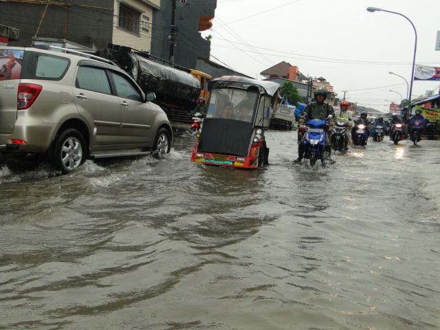 Ratusan Rumah di Makassar Terendam Banjir