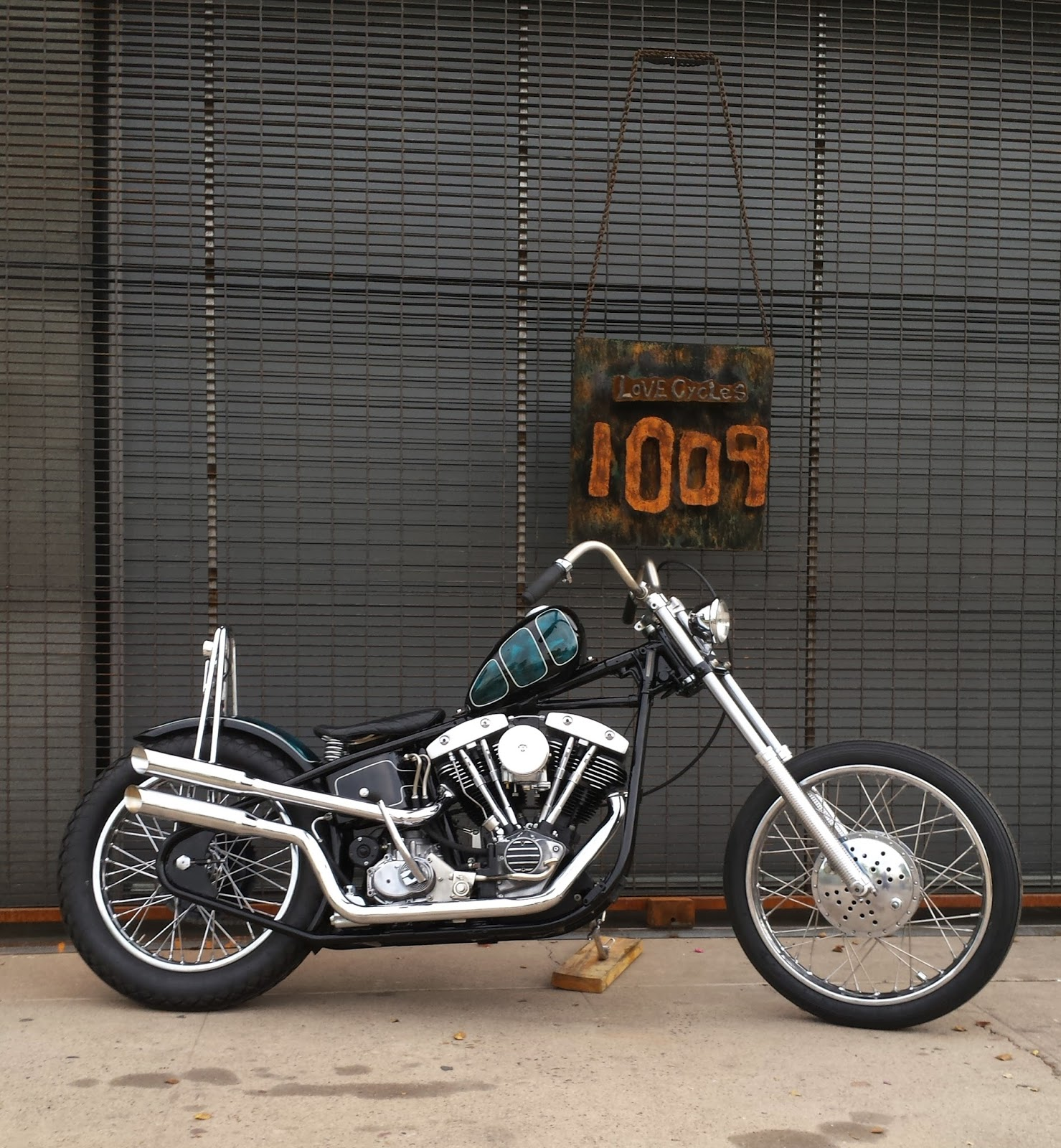 1983 shovelhead chopper