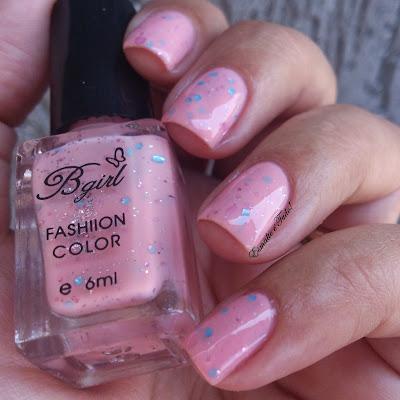 esmalte rosa com glitter
