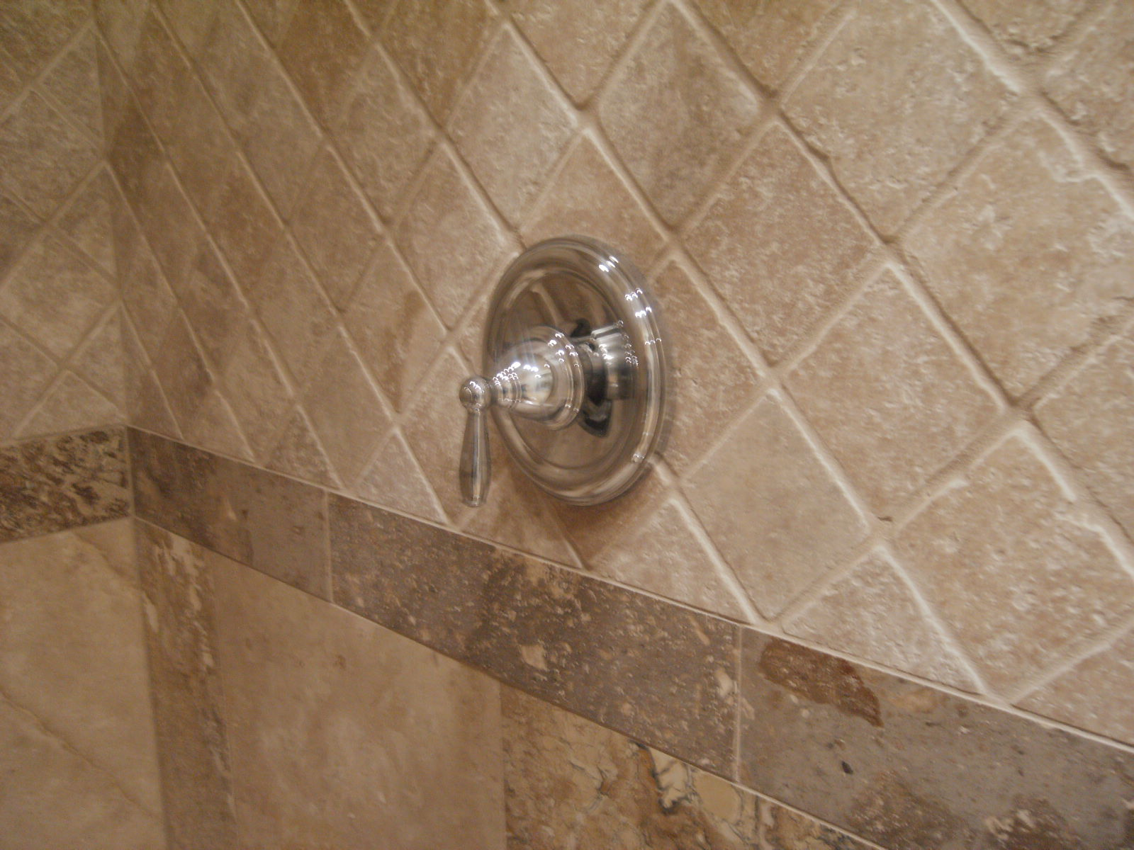 Reasons For Selecting The Right Shower TIle