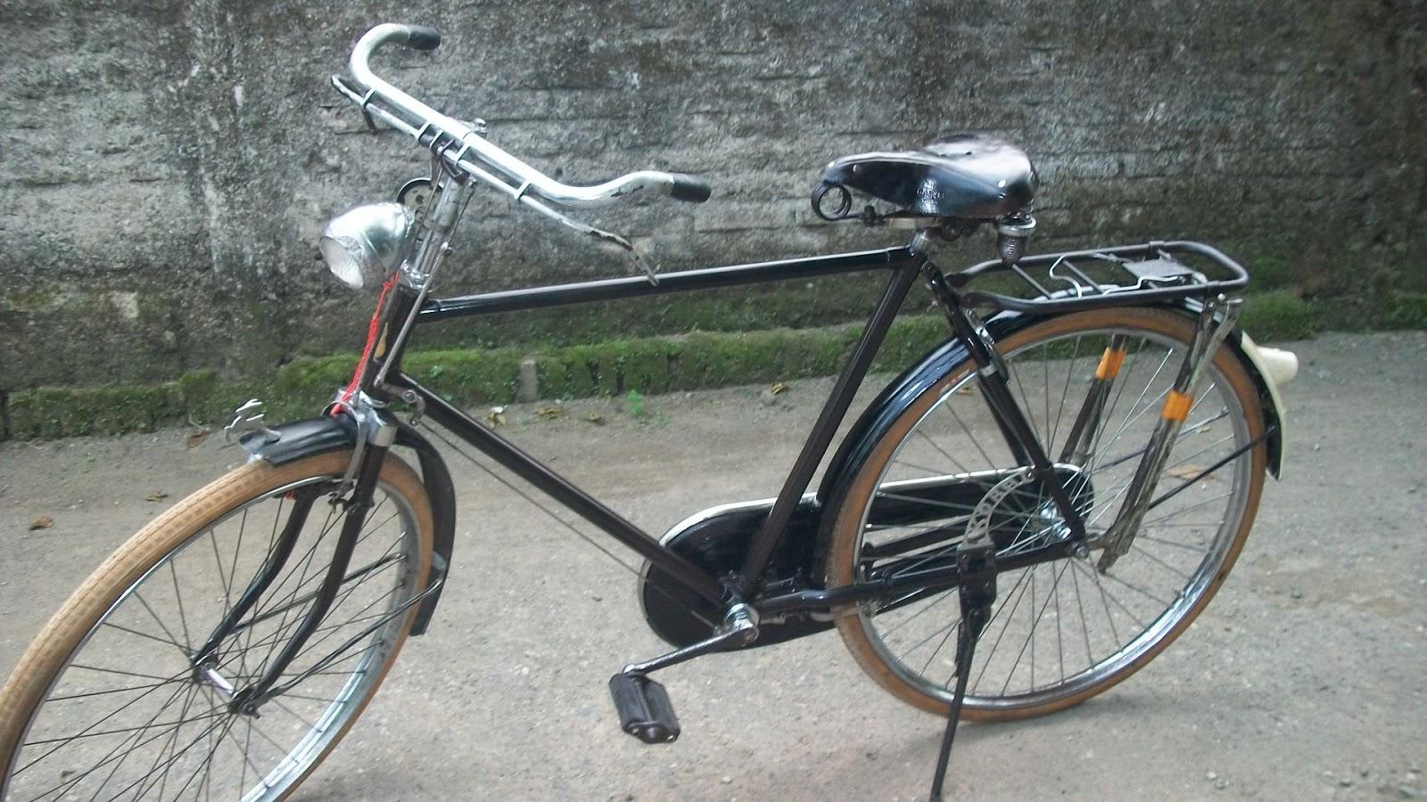 Koleksi Sepeda Onthel Kuno c ANTIK: GAZELLE HEREN seri 8