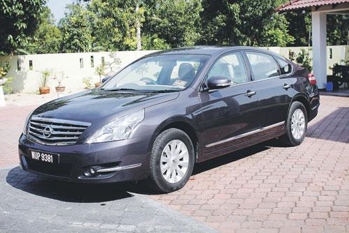 Nissan Teana 2.0 jimat minyak,paling laris di china, kereta 2011