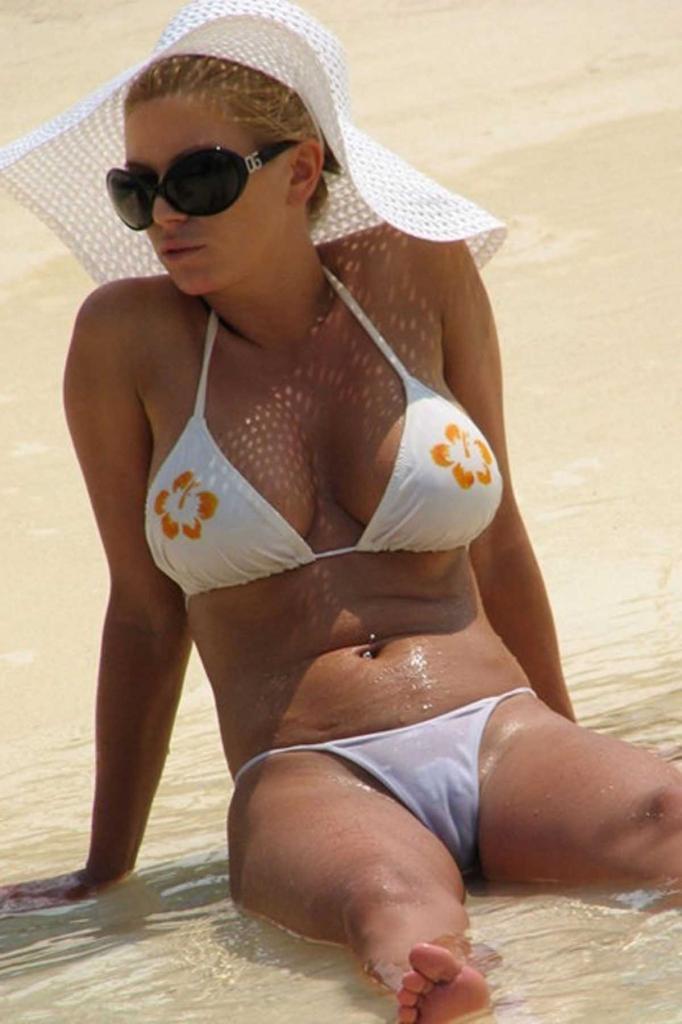 Jessica Simpson See Thru Bikini