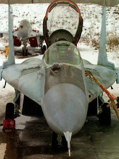 Вид спереди МиГ 29