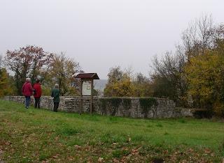 Ehemaliges Kleinkastell oder ehemaliger Palas auf dem Frauenberg beim Kloster Weltenburg