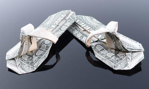 http://3.bp.blogspot.com/-UaO7TiD18Q0/Th5n_ousFNI/AAAAAAABGzI/FOatHD83_so/s1600/dollar_origami_art_27.jpg