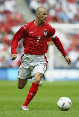 Model Rambut David Beckham 2004