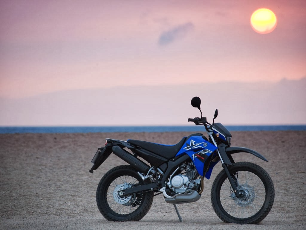 Yamaha WR 250 R Motorcycles Images