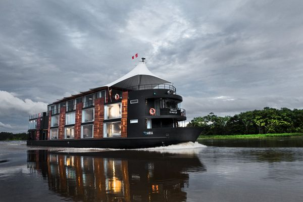 Aria River Boat for Amazon Holidays
