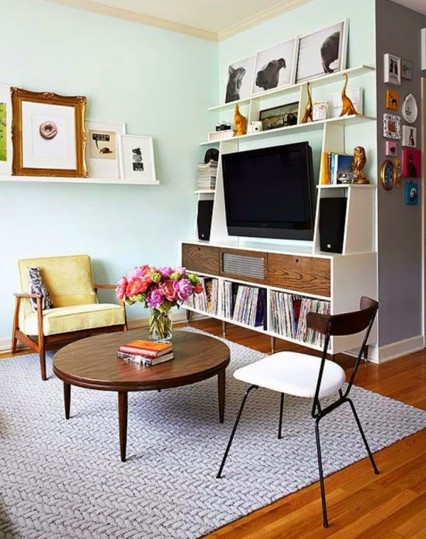 15 functional living room shelving ideas and units for Shelving ideas for living room walls