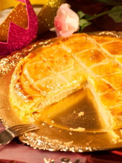 Galette des Rois à la frangipane, galette maison, pâte feuilletée, comment faire une galette des rois