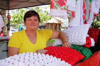 Expositora do Espaço Mulher, Jorgina Correia da Fonseca, apoiou a junção dos artesãos