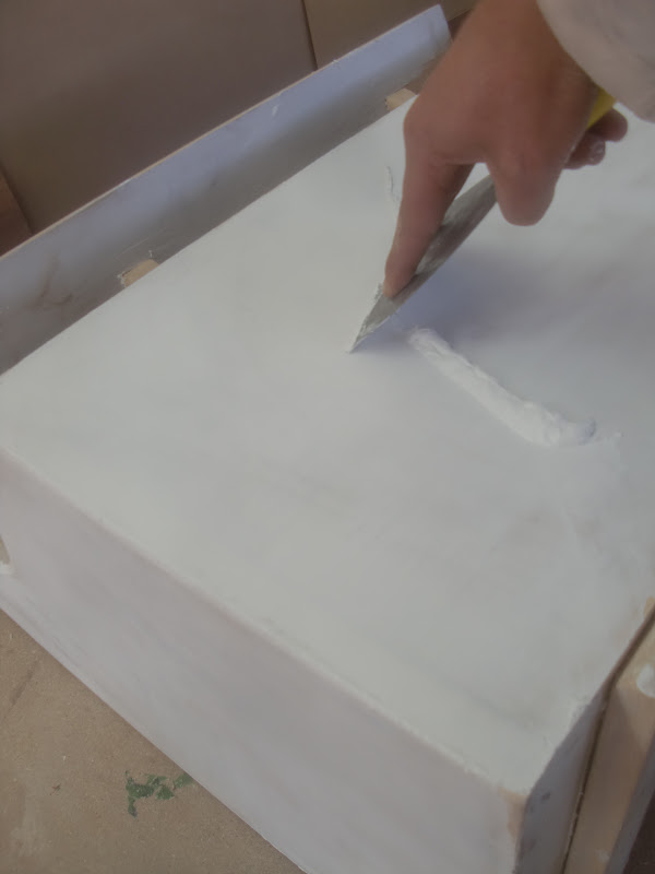 Base nitrocelulosa blanca 50% Talco industrial o yeso 20% Thiner o