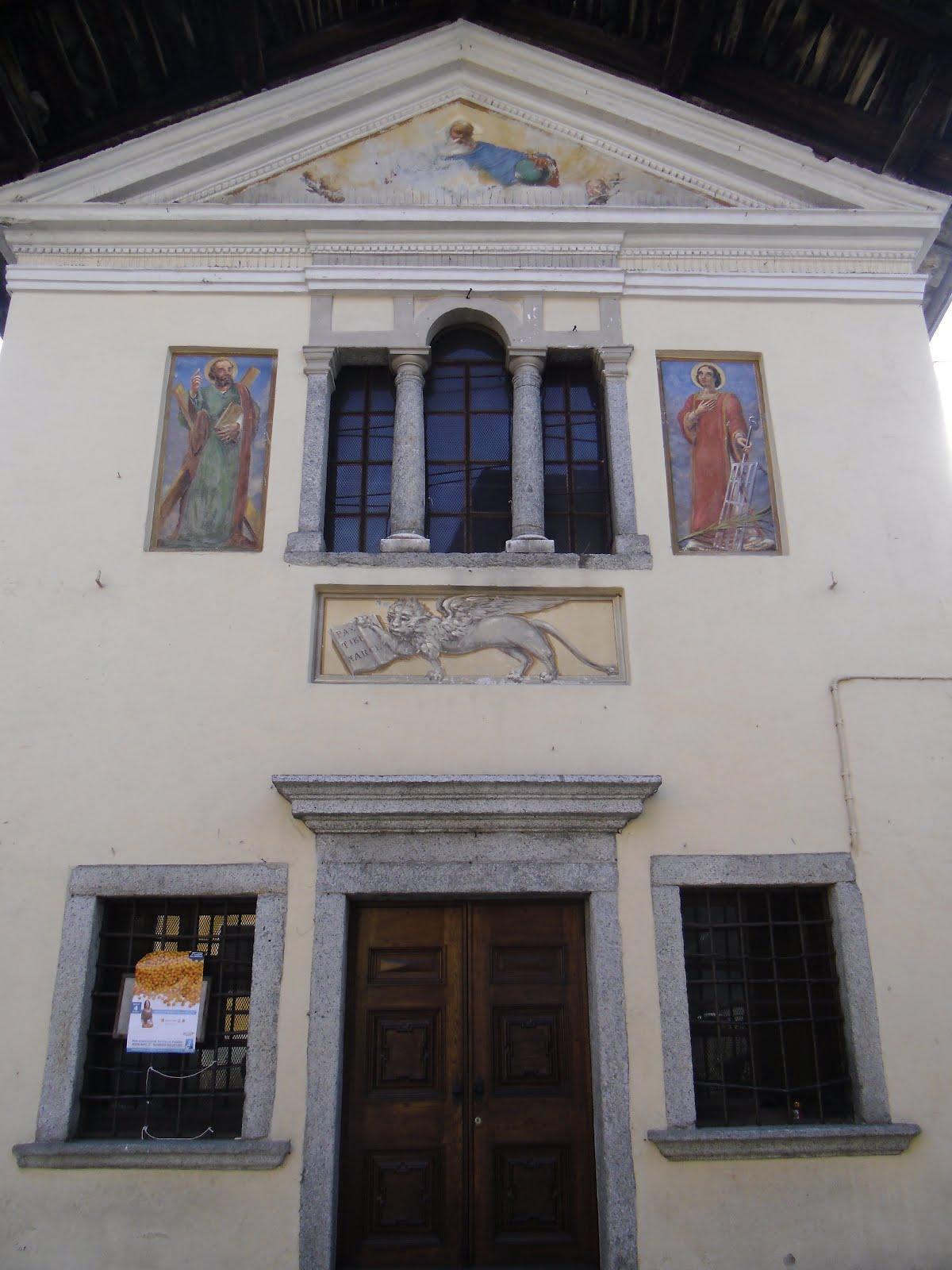 Tra teatro arte e cultura attivit all 39 aria aperta mergozzo for Finestra antica aperta