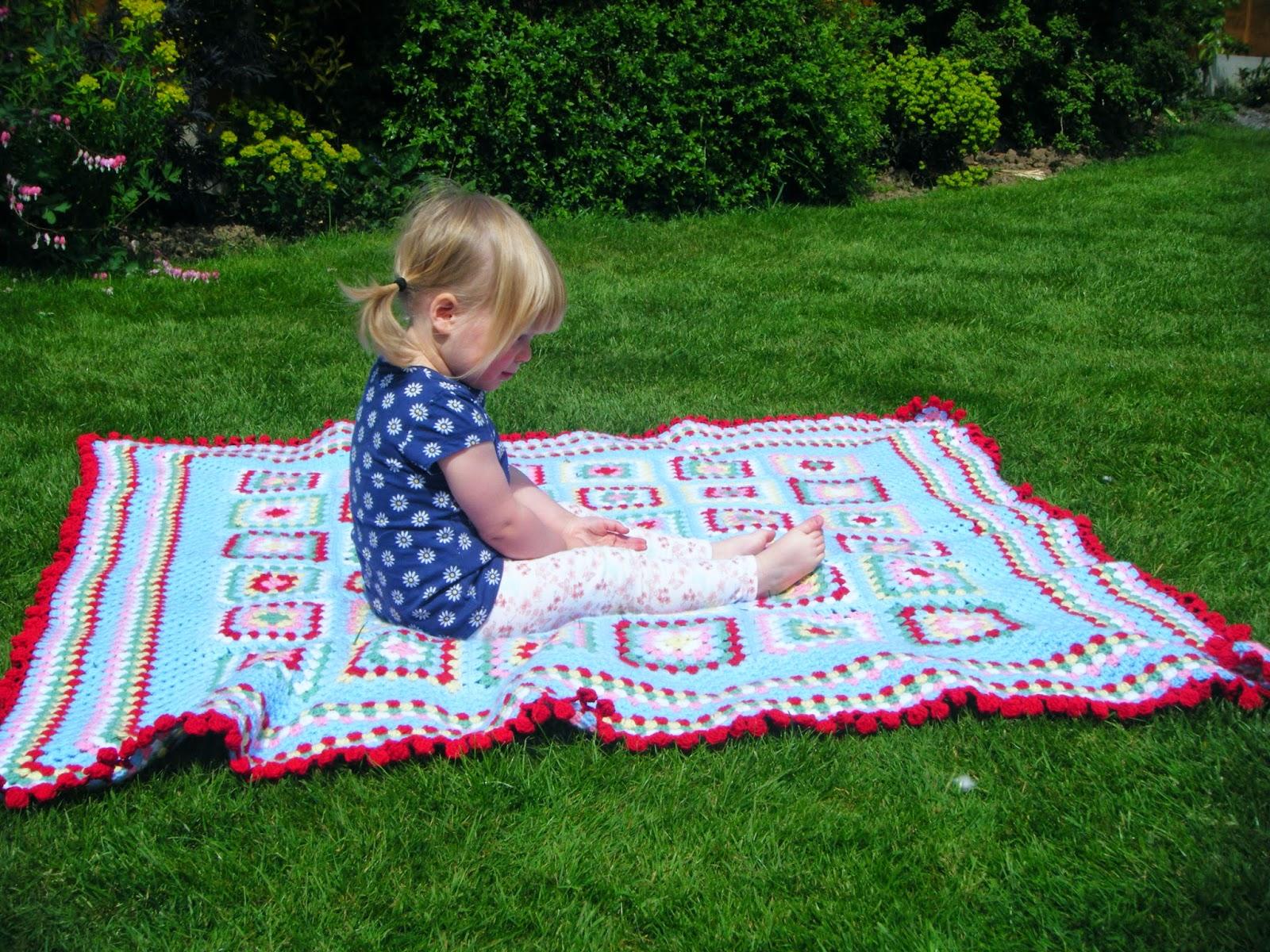 Picnic blanket for Au maison picnic blanket