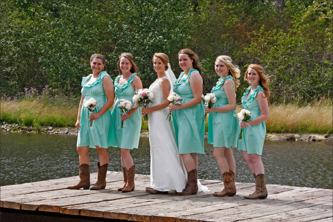 New Cheap Wedding Dresses: Teal bridesmaid dresses with boots