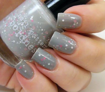 Nail Pattern Boldness Oodiful swatch
