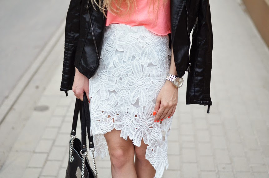 http://www.choies.com/product/white-lace-pencil-skirt_p22861?cid=349bella