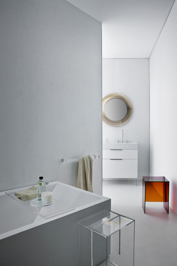 Kartell by laufen make in plastic is fantastic coffee - Contenitori bagno kartell ...