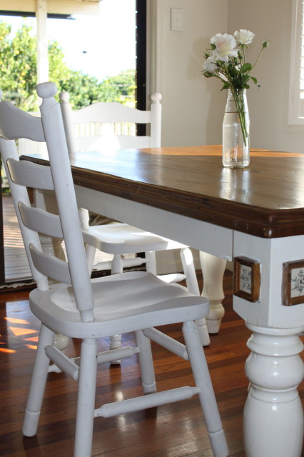 bayside rose cottage style dining room chairs