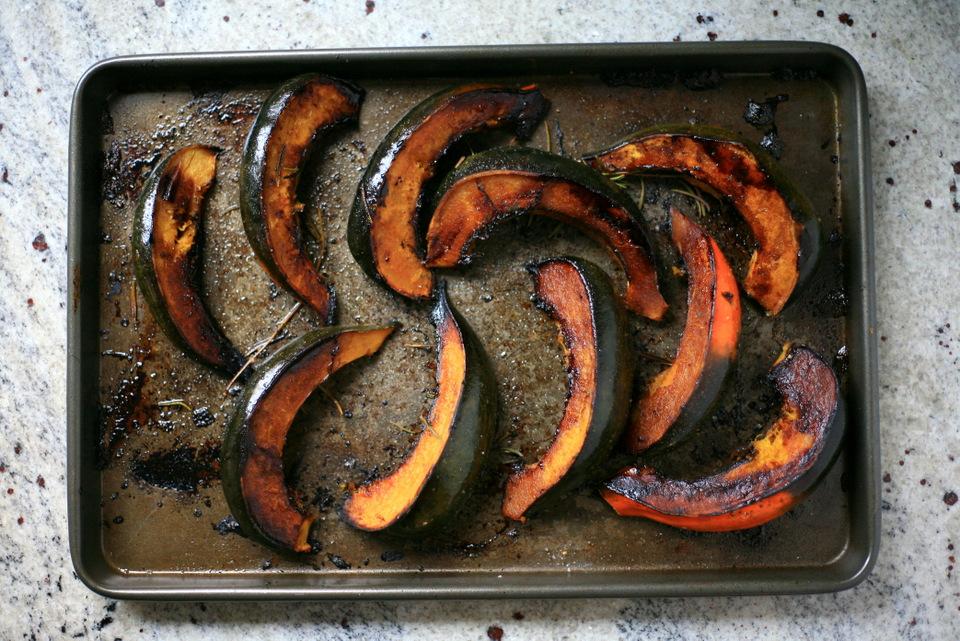 Winter must: rosemary balsamic roasted acorn squash recipe ...