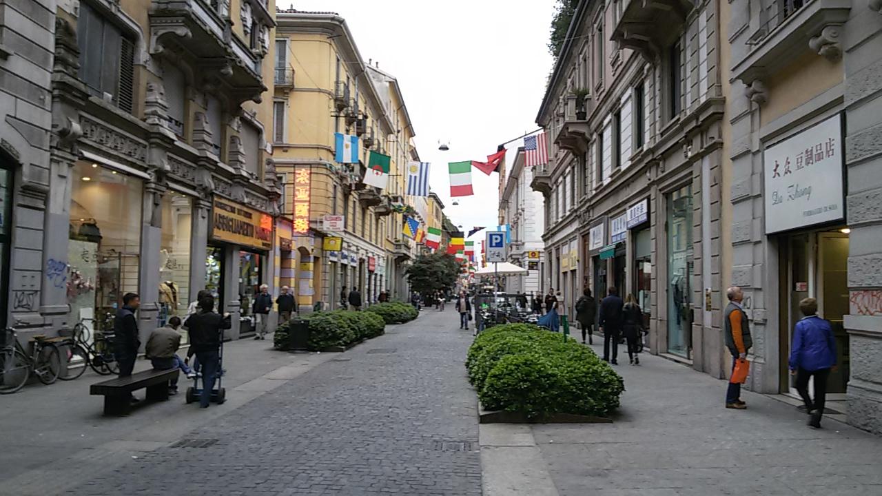 Roma fa schifo cambia l 39 arredo urbano e il degrado lascia for Arredo urbano roma