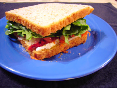 sandwich de espinacas y queso de cabra