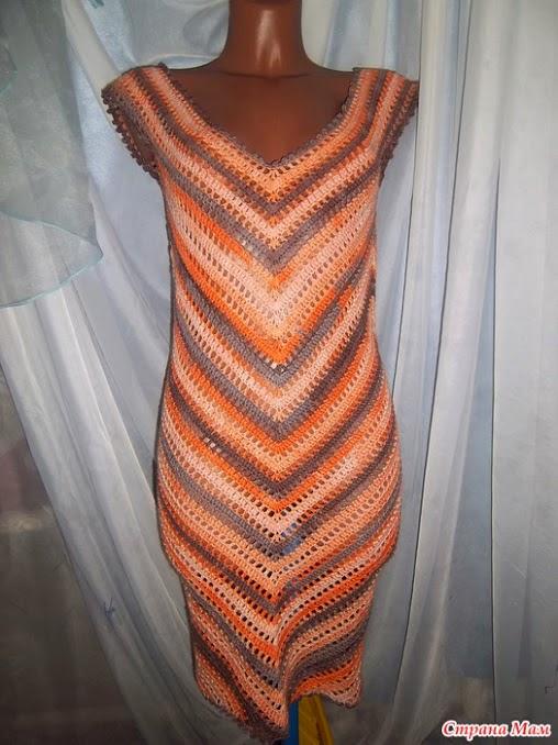 Patrones de Hermoso vestido tejido con ganchillo