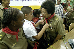 general tete puebla adores cuba s children