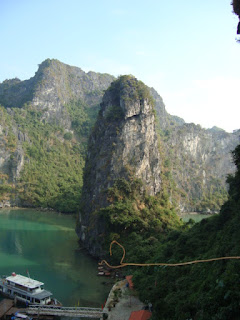 Bay of Halong (Vietnam)