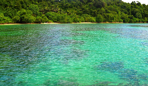 Pulau Balak, Pesawaran, Lampung. ZonaAero