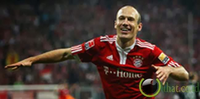 Arjen Robben (Muenchen) : 30,70 km /jam