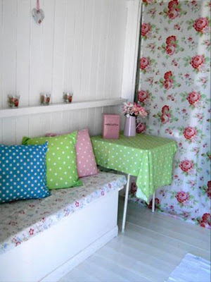 Love Lilac Nuts About Beach Huts