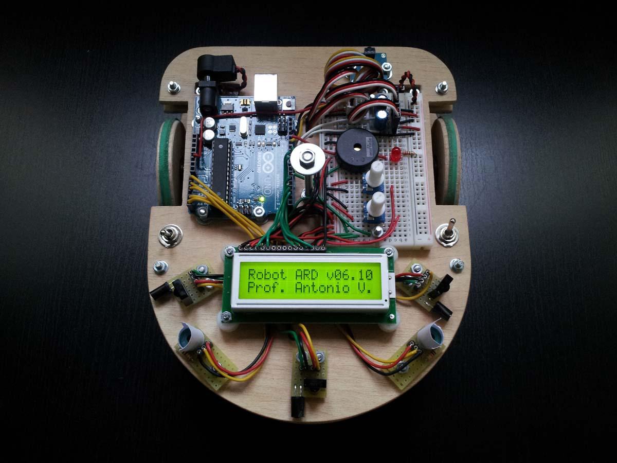 Robot Arduino v06.10 - Antonio Vallecillos
