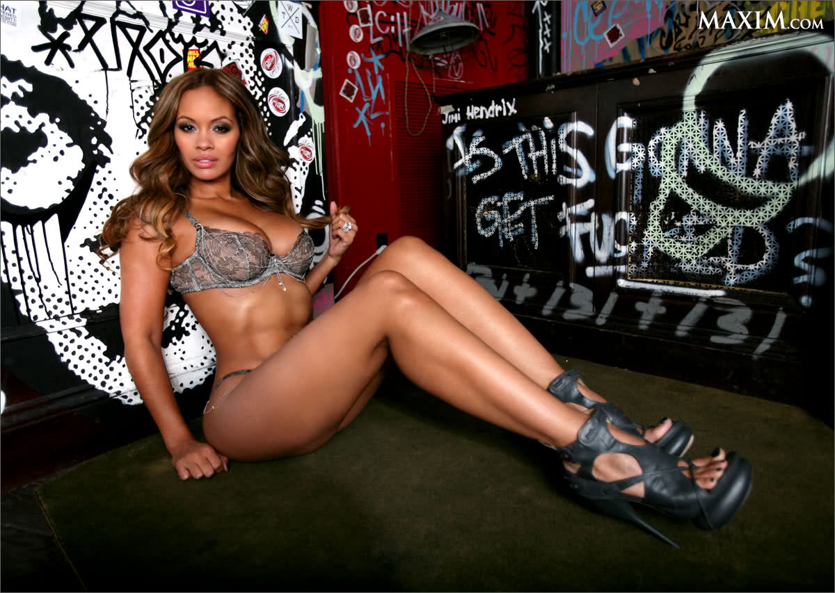 Evelyn Lozada - Basketball Wives Star in BikiniEvelyn Lozada Sexy