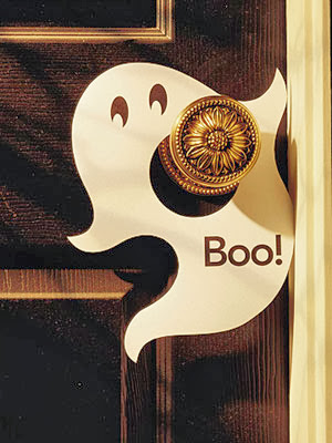 Ghosts Spiraling Away In The Breeze! An Easy Budget Friendly Craft To