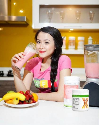 Mỗi muỗng Bột Protein của Herbalife chứa đủ 9 acid amino thiết yếu và cung cấp 5g đạm tốt
