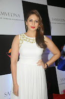 Parineeti, Karisma, Richa Chadda, Huma Qureshi and Lisa Haydon at Nikhar Tandon's art exhibition for Samvedna NGO