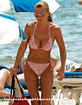 bikini joven belen esteban rosa cuerpazo playa