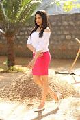 Adah Sharma glamorous photos-thumbnail-2