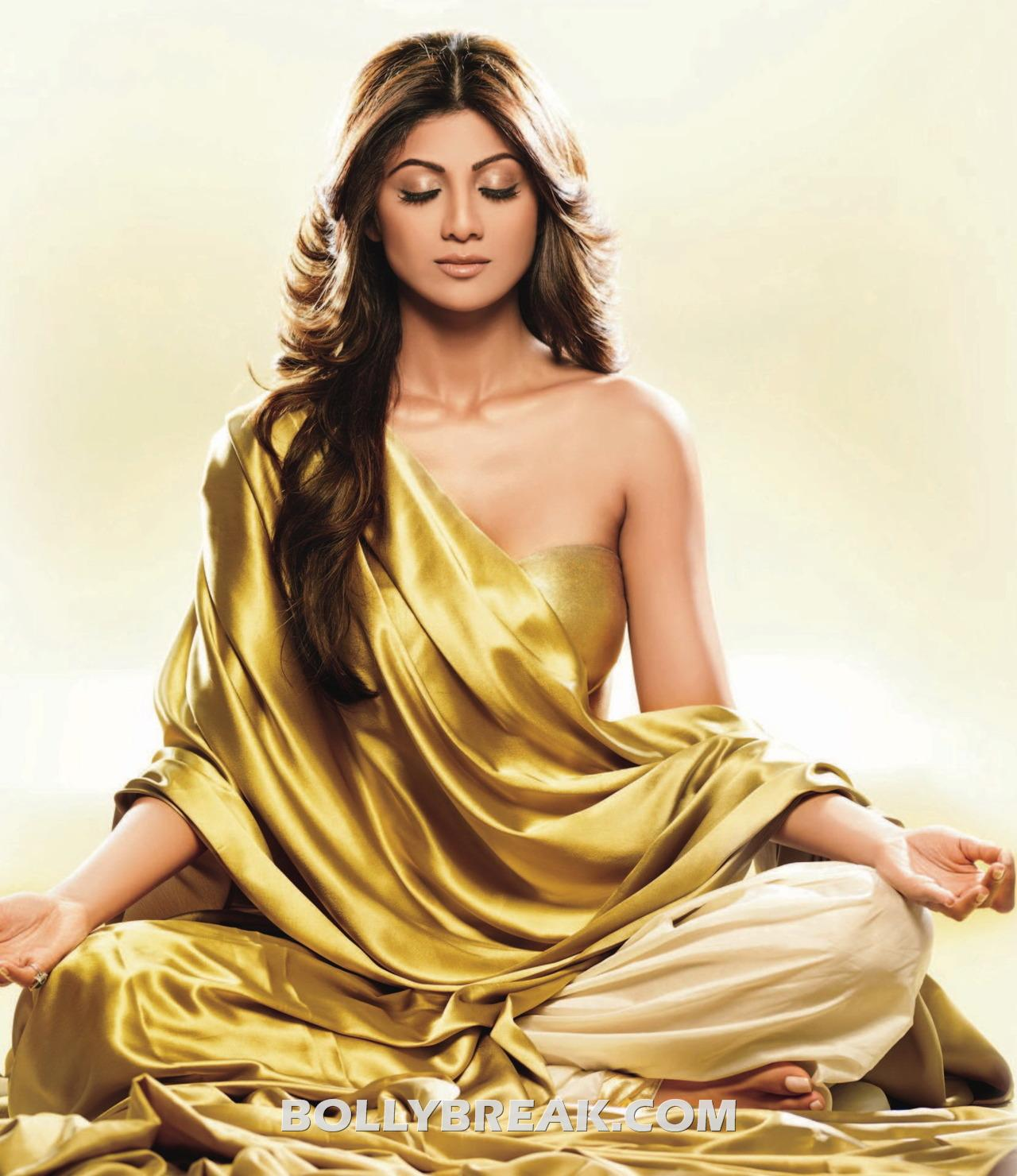 Shilpa Shetty doing yoga  wrapped in yellow golden bedsheet - Shilpa Shetty Hot Yoga Wallpaper - Golden Bedsheet
