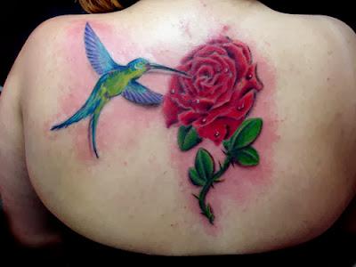 Tatuagens Femininas Rosa