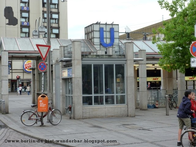 Berlin Bahnhof Zoologischer Garten - die Bahnhalle ~ Berlin du bist ...