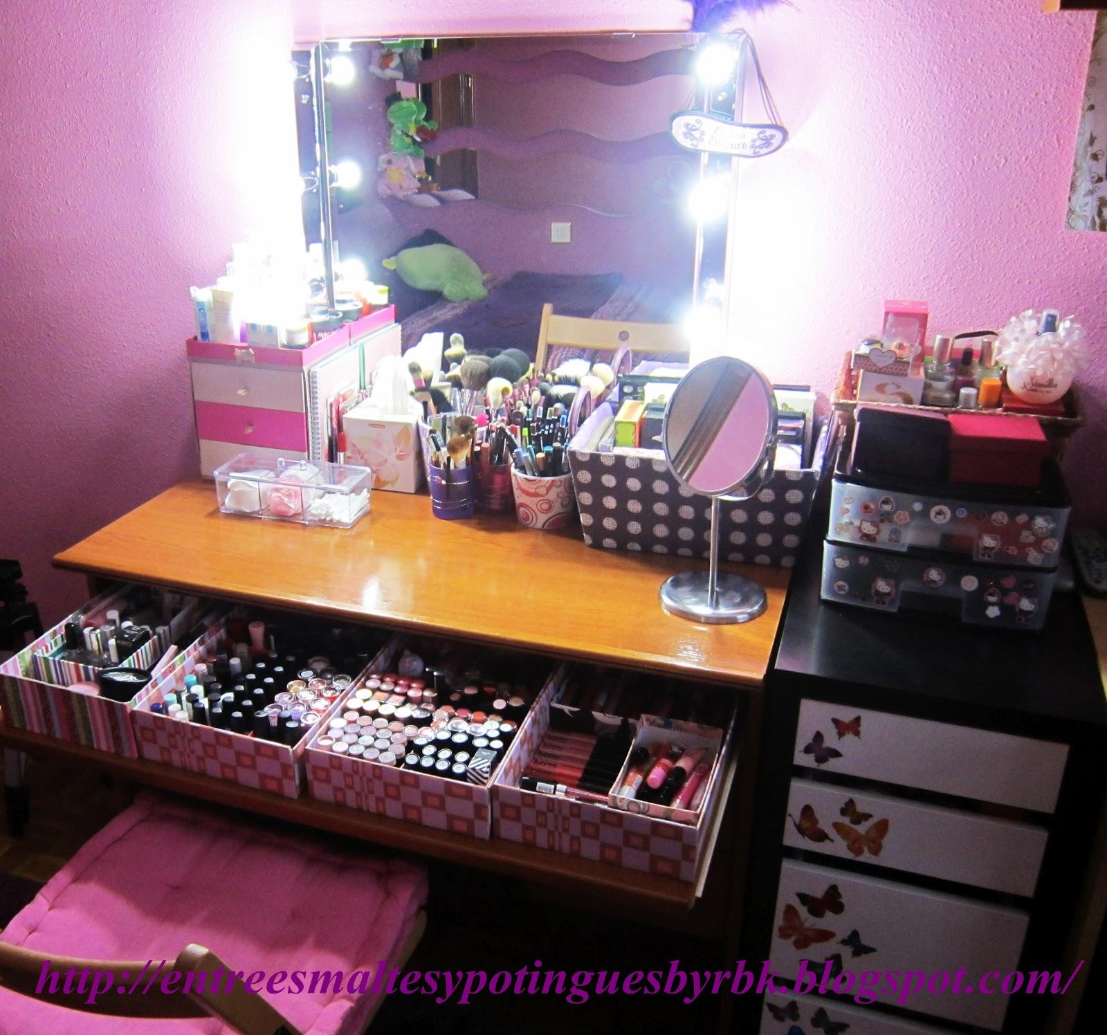 mueble tocador para maquillaje entre esmaltes y potingues colecci n de maquillaje 2012