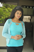 Shilpa Reddy glam pics-thumbnail-20