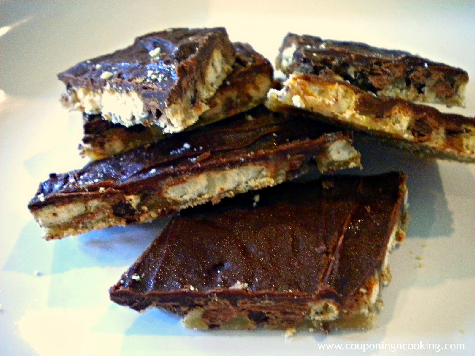 Tobins' Tastes: Chocolate Covered Pretzel Toffee