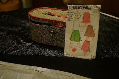 A-line mod mini skirt based on Maudella 5626 pattern  , with huge front zipper instead back zipper .