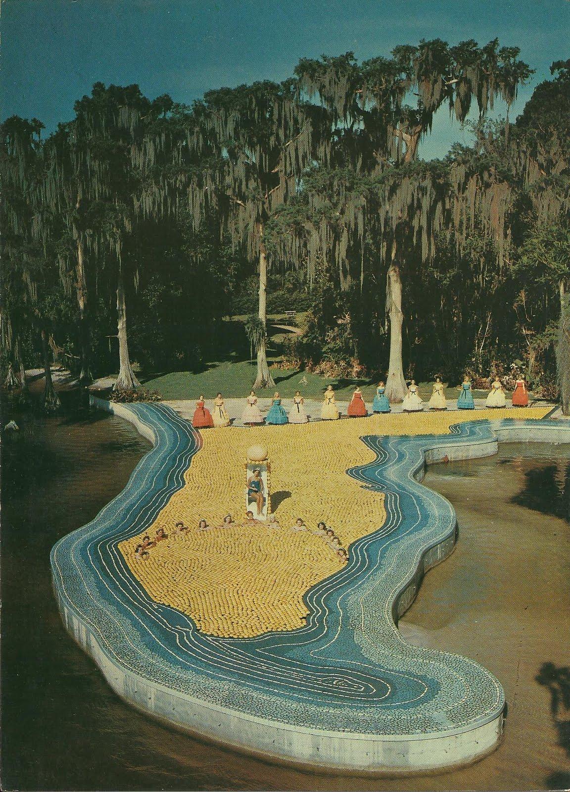 Vintage Travel Postcards Cypress Gardens